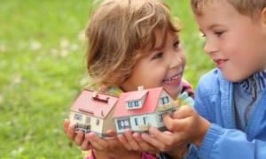 Как законно можно выписать ребенка из квартиры, если он там не проживает? Нюансы снятия с учета несовершеннолетнего