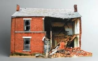 Что получишь, если дом под снос, а квартира не приватизирована и можно ли оформить аварийное жилье в собственность?
